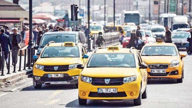 İBB çözemedi, sağlıkçıları taksi taşıyacak