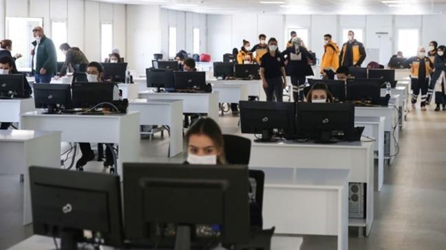 İstanbul 112 Acil Anadolu Komuta Merkezi'nin yeni binası hizmete alındı