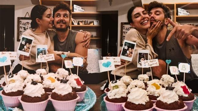 Deniz Baysal'dan eşi Barış Yurtçu'ya karantinada romantik kutlama