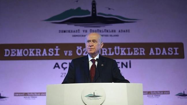 MHP Lideri Bahçeli'den net mesaj: 15 Temmuz'da olduğu gibi cezasını çekerler