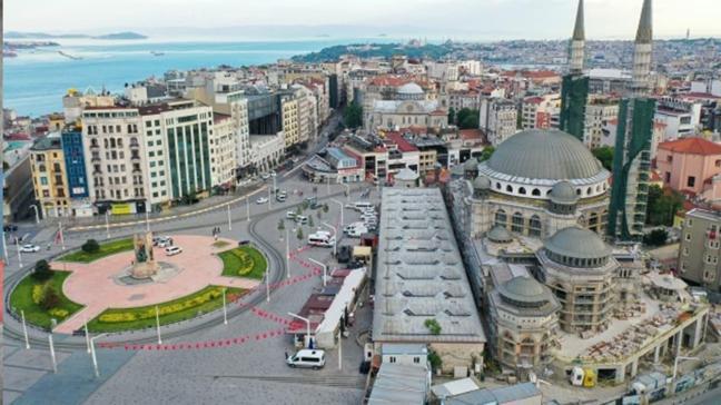 Taksim Camii'nde çalışmalar yeniden başladı