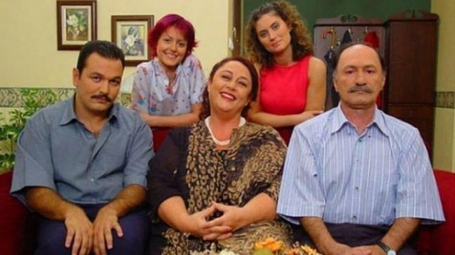 Ali Sunal'dan duygulandıran 'Ayşegül Atik' paylaşımı: Mustafa'n senin gibi bir annesi olduğu için çok şanslıydı