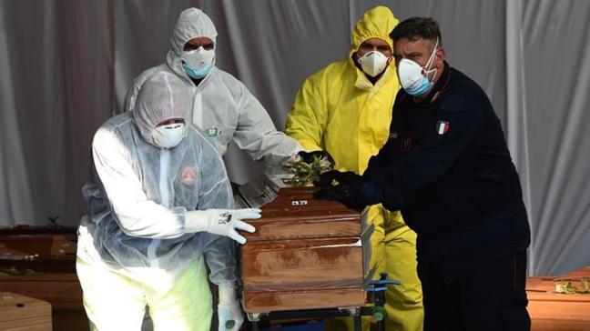 İtalya'da koronavirüsten ölenlerin sayısı 34 bin 223'e yükseldi