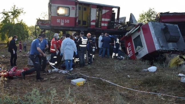 Malatya'da iki yük treni çarpıştı! Ölü ve yaralılar var
