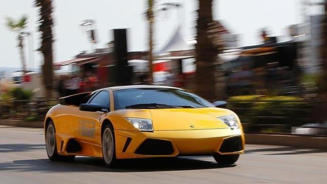 Belçika'da şaşırtan destek: Lamborghini satana yardım ettiler