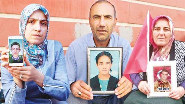 Diyarbakır anneleri AKŞAM'a konuştu: 'ABD para veriyor, PKK çocuk kaçırıyor