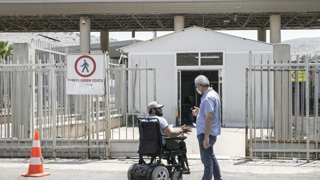 4 bin 300 Suriyeli TSK'nın temizlediği İdlib ve Afrin'e döndü