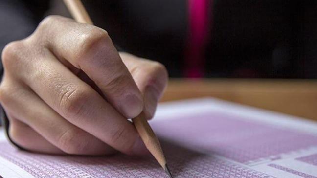 Bakan Selçuk: LGS kapsamındaki sınavda hiçbir soru iptali olmadı