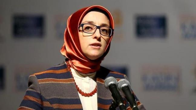 Dilipak'ın hakaretlerine dava: AK Kadınlar hiçbir zaman 'papatya' olmamıştır
