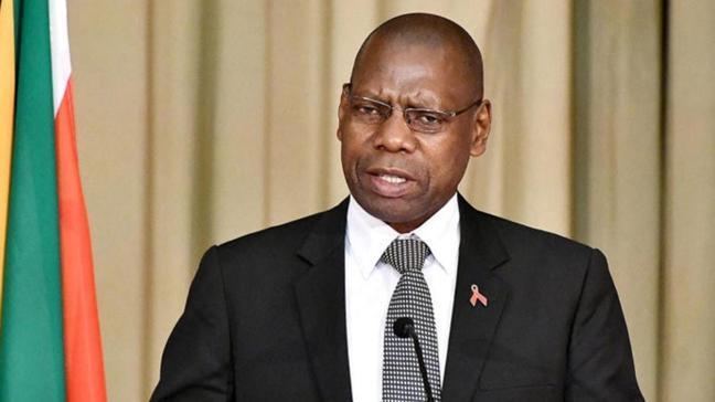 Güney Afrika Sağlık Bakanı Mkhize'ın koronavirüs testi pozitif çıktı