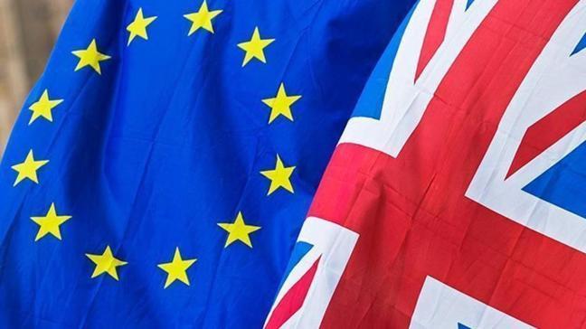 İngiltere, AB'nin Brexit ayrılık anlaşmasının ihlali ile ilgili gönderdiği resmi tebligata yanıt vermedi