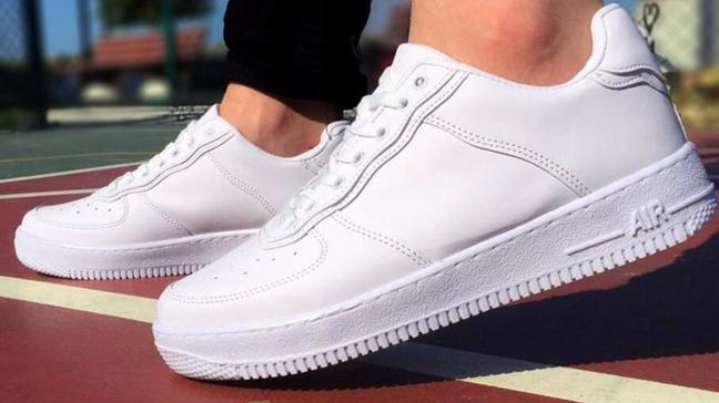 """Rüyada beyaz ayakkabı görmenin tabiri nedir"""" Rüyada ayakkabı görmek ne anlama gelir"""""""