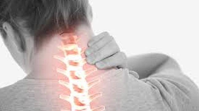 """Boyun ağrısı nasıl geçer, hangi doktora gidilir"""" Boyun ağrısı neden olur"""""""