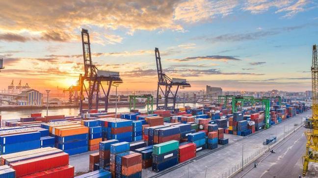 Kasım ayı dış ticaret rakamları açıklandı: İhracat 16 milyar, ithalat ise 21 milyar dolar seviyesinde