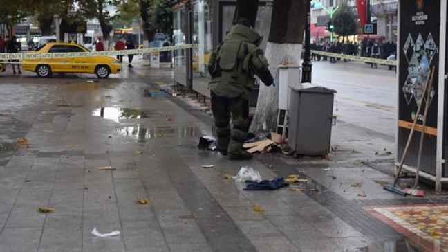 Malatya'da şüpheli paket paniği: Bomba imha uzmanları fünyeyle patlattı