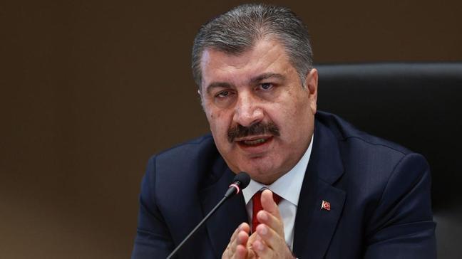 Bakan Fahrettin Koca'dan aşılama açıklaması: Zorunlu değil, HES'e işlenecek