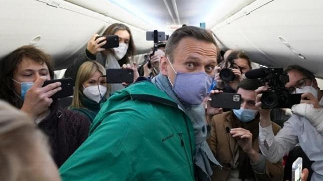 Rus muhalif Navalnıy hakkında yeni gelişme: 30 gün gözaltında kalacak