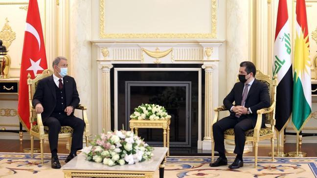 """Milli Savunma Bakanı Hulusi Akar: """"Bütün mücadelemiz terör örgütüne karşı"""""""