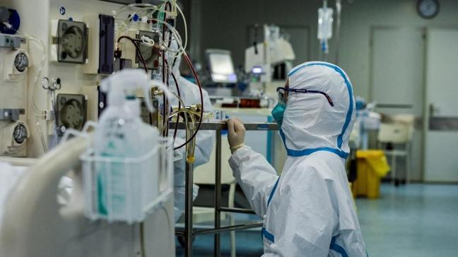 Şanghay'da iki hastane karantinaya alındı