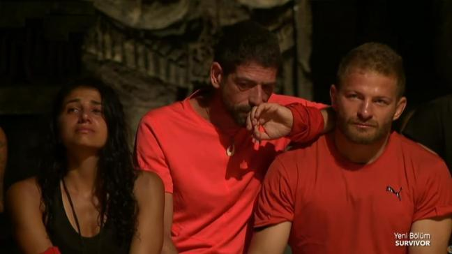 Acun Ilıcalı açıkladı: Survivor'da şoke eden diskalifiye kararı! Gözyaşları içinde adaya veda etti...