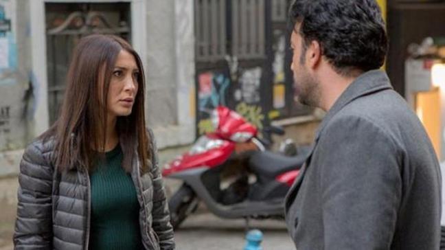 Arka Sokaklar'ın Bahar'ı Merve Oflaz'ın arabasına şok saldırı