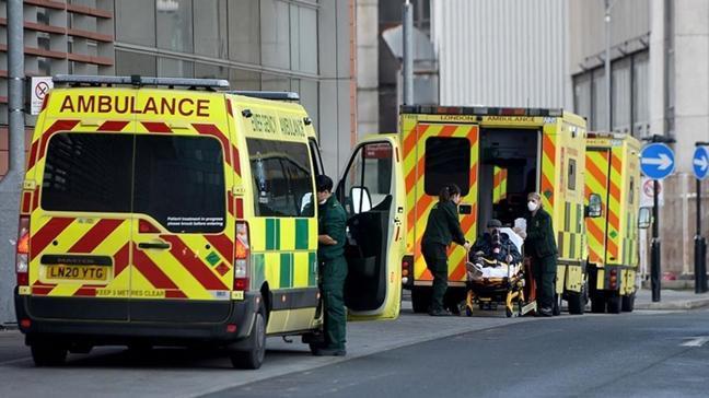 İngiltere'de koronavirüs salgınında ölü sayısı 100 bin sınırına yaklaştı