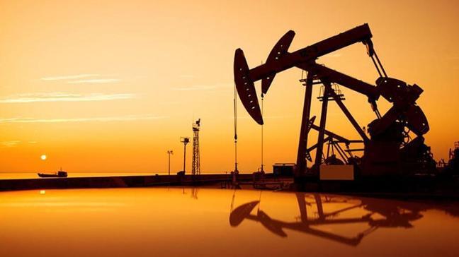 Petrol fiyatlarında salgın etkisi sürüyor: Brent petrolün varili 55,31 dolar