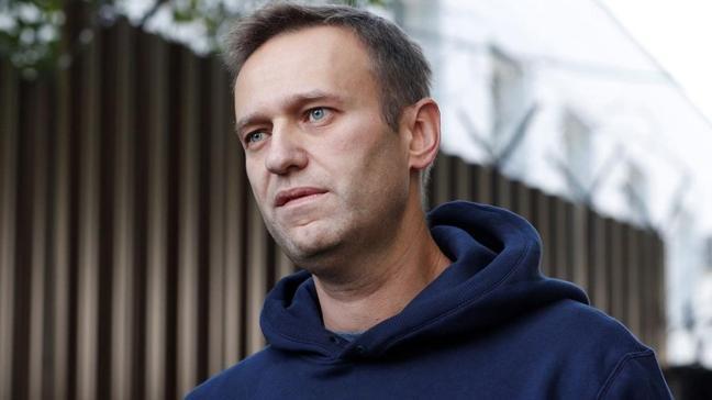Rus polisinden Navalnıy'nın evlerine baskın