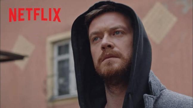 """Netflix 50m2 konusu nedir, oyuncuları arasında kimler var""""  50m2 dizisi nerede çekildi, 2. sezon gelecek mi"""""""