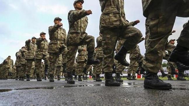 Askeri mevzuatta değişiklik öngören 44 maddelik kanun teklifi komisyondan geçti