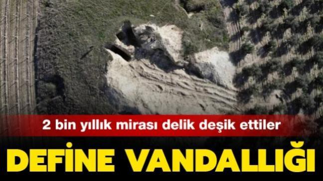 Manisa'da Lidya Kral Mezarlığı olarak bilinen 2 bin yıllık tümülüsler defineciler tarafından delik deşik edildi