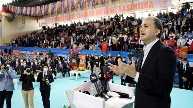 AK Parti Sözcüsü Ömer Çelik'ten yeni anayasa açıklaması