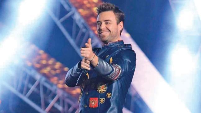 Murat Dalkılıç'tan tepki çeken konser! Beş yıldızlı rezalet