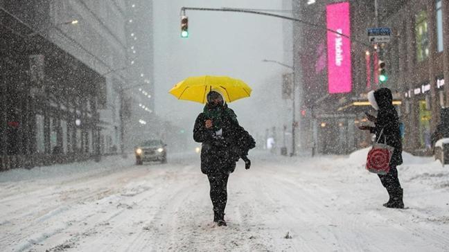 ABD'de zorlu kış şartları hayatı olumsuz etkiledi... 11 kişi yaşamını yitirdi