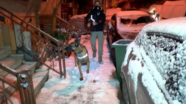 İstanbul merkezli 5 ilde Özel harekat destekli uyuşturucu operasyonu! Çok sayıda gözaltı var