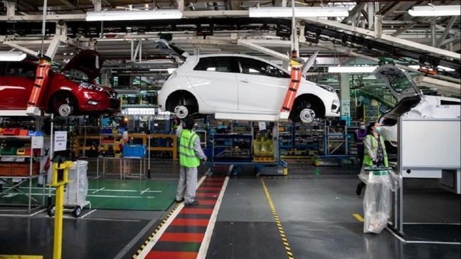 Fransız otomotiv devi Renault milyarlarca avro zarar etti