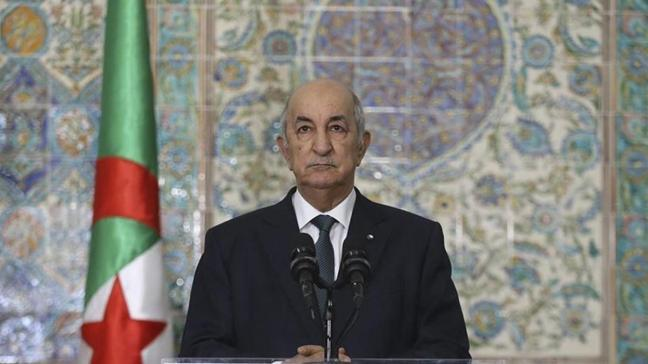Cezayir'de parlamento resmen feshedildi