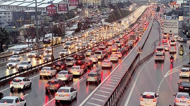 Trafikte uzun süre kalmak kanser riskini artırıyor