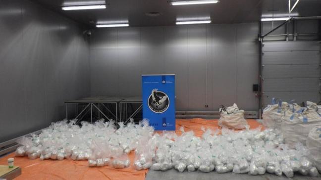 """Hollanda'da polisinden 1.5 tonluk uyuşturucu operasyonu: """"Ele geçirilen en yüksek uyuşturucu miktarı"""""""