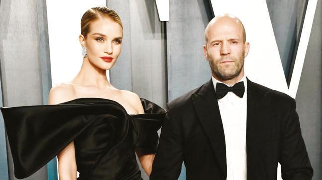 Jason Statham'ın nişanlısı Rosie Huntington-Whiteley Antalya'da