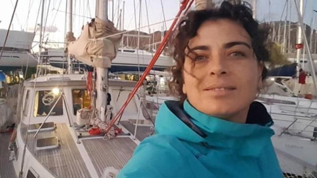 11 yıldır deniz üzerinde yaşıyor! Yeşim Büber teknesinde tadilata başladı