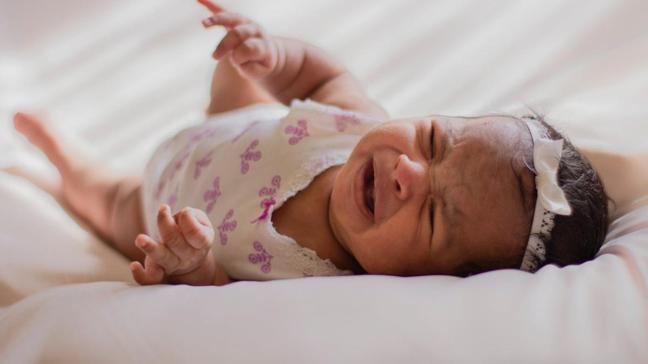 Kolik ağlamaları gaz sancısıyla karıştırmayın! İşte kolik ağlama nedenleri