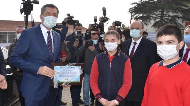 Son dakika haberi: Bakan Selçuk'tan yüz yüze eğitim açıklaması: Peyderpey açılacak