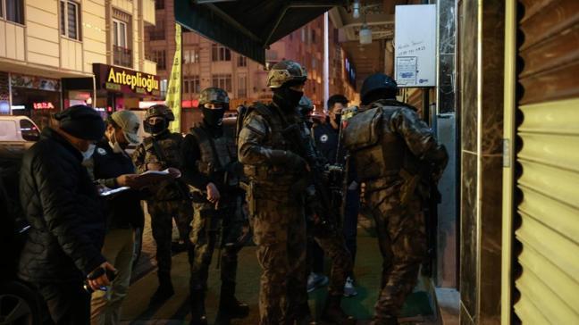 İstanbul'da terör operasyonu! 11 şüpheli gözaltına alındı