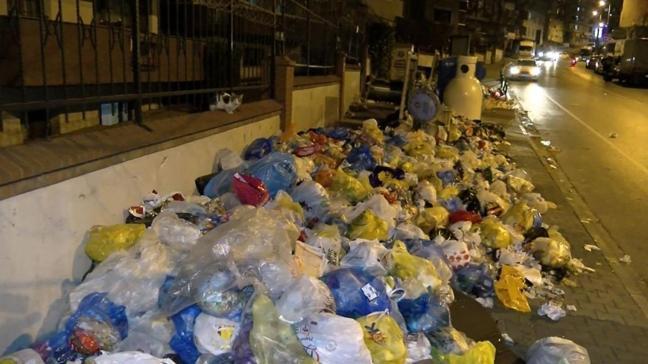 Mide bulandıran görüntüler: Maltepe'de çöp yığınları artıyor