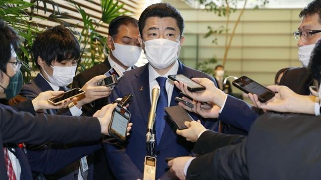 Yumurta üreticisi firmadan hediye alan Japon bürokrata ceza