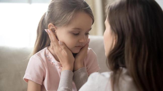 Akraba evliliği yaygın olan toplumlarda daha fazla görülüyor! Kulak iltihabı belirti olabilir