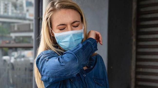 Yeni geliştirilen koronavirüs testi öksürükle pozitif vakaları ayırt ediyor
