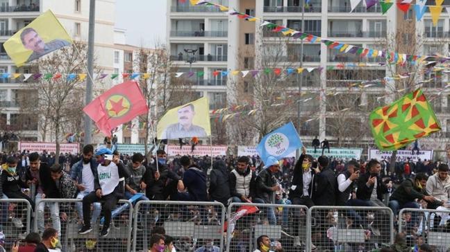 Nevruz kutlamasında terör örgütü PKK'nın elebaşı Öcalan lehine slogan atıldığı tespit edilmişti: Yeni gelişme