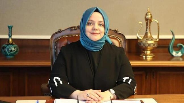 """Aile Bakanı Selçuk'tan """"Güçlü Kadın Güçlü Türkiye"""" paylaşımı"""